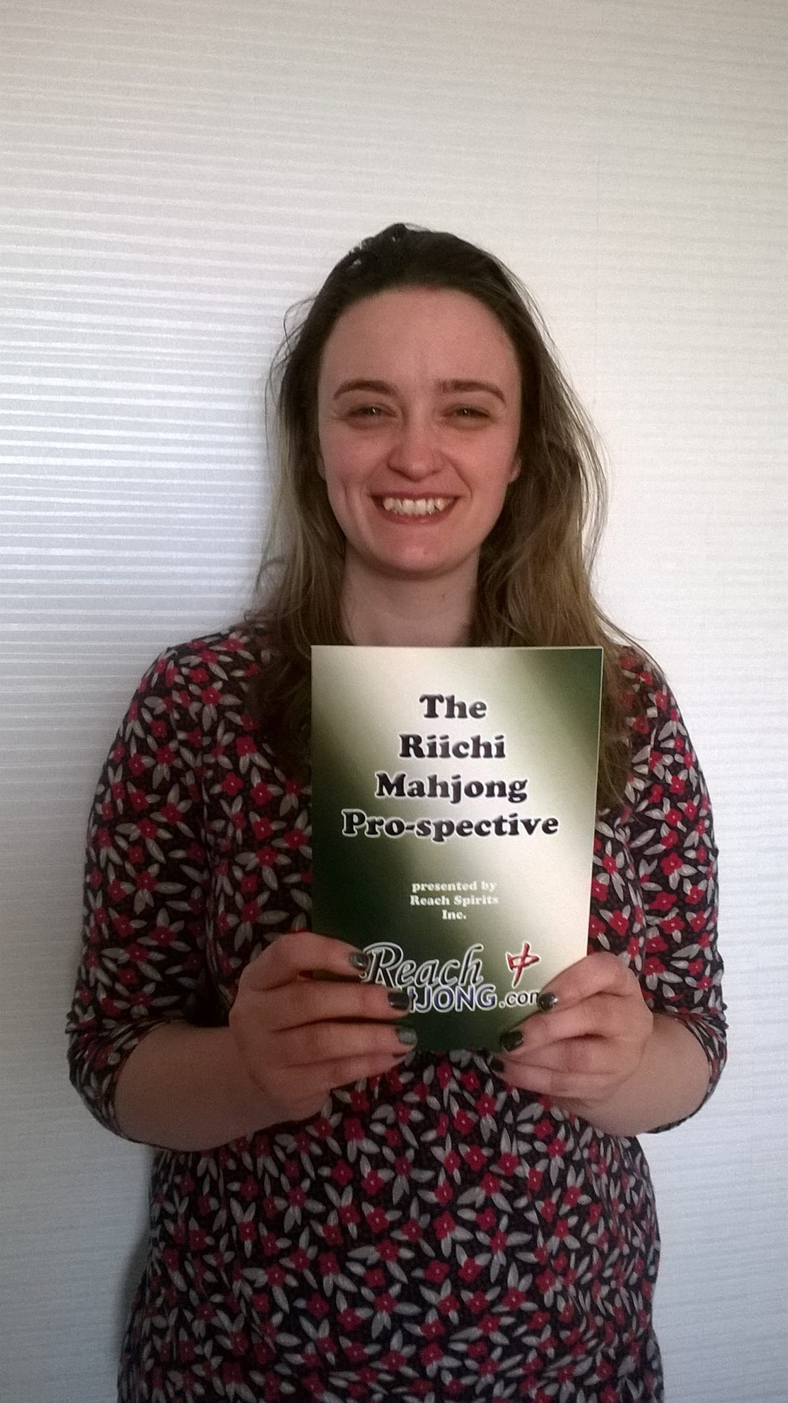 mahjong news new riichi book released a collection of essays by  mrs gemma sakamoto showing off the brand new book